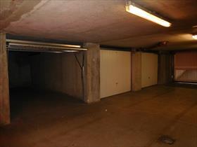 Stationnement - GAP - GARAGE EN SOUS-SOL/ RCE LES SEQUOIAS