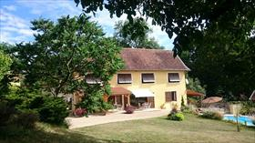 Maison - Entre Morestel et Bourgoin Jallieu - Réf. 2107 Entre Morestel et Bourgoin jallieu