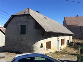 Maison - LAYE - Dans hameau paisible à 5 mn de ST BONNET