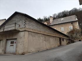 Maison - ST FIRMIN - Centre village , proches commerces