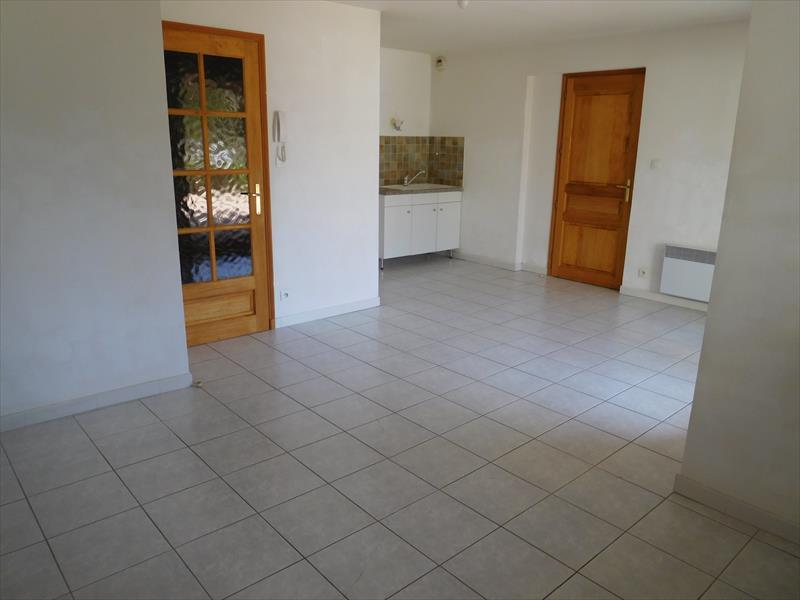 Appartement - EMBRUN - T2 proche centre 45m² grande terrasse