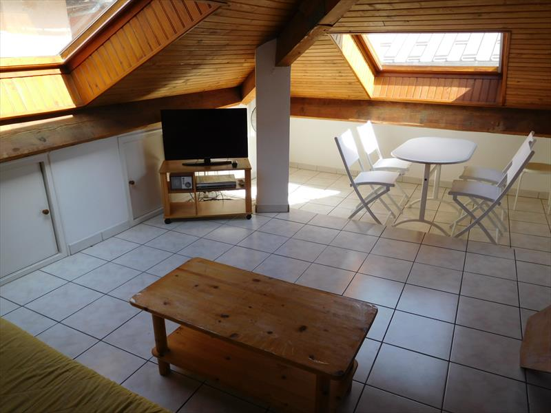 Appartement - EMBRUN - Studio meublé au centre-ville