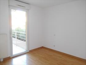 Appartement - GAP - TYPE 4 RENOVE / LE BARON