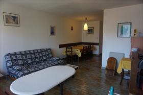 Appartement - merlette - Spacieux appartement avec place de parking