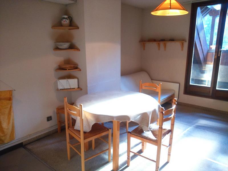 Appartement - Aiguilles - T3 duplex avec terrasse. Exclusivité