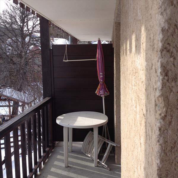 - Aiguilles - T2 coin montagne avec terrasse. Exclusivité