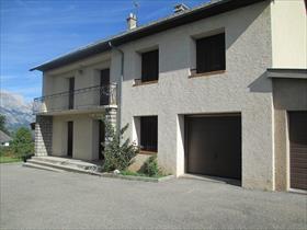 Maison - ST BONNET EN CHAMPSAUR - VILLA indépendante de type 5, proche village