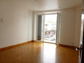 Appartement - ST BONNET CENTRE - COEUR DU VILLAGE dans petite copropriété calme