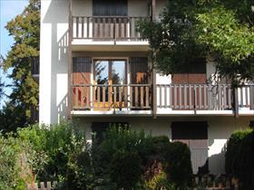 Appartement - ST BONNET - BORDURE VILLAGE, dans résidence calme avec parc
