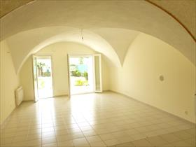 Appartement - POLIGNY - STUDIO  RDC de maison+ jardin
