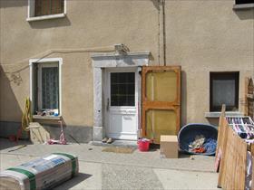 Maison -  - 15 Mn de GAP, dans petit village proche commodités