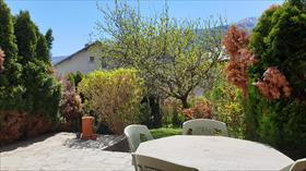 Maison - ST BONNET - Villa T4 mitoyenne avec JARDIN
