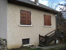 Maison - ST BONNET EN CHAMPSAUR - Maison traditionnelle avec garage et terrain plat