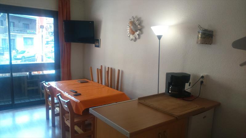 Appartement - RISOUL - Appart rénové 28m² front de neige. Exclusivité