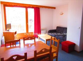 Appartement - MERLETTE - Joli T3 avec chambre parentale et parking couvert