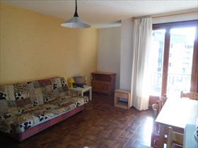 Appartement - Embrun - Studio meublé  exposition Ouest avec balcon