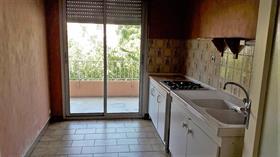Appartement - Embrun - T2 avec grand balcon proche centre