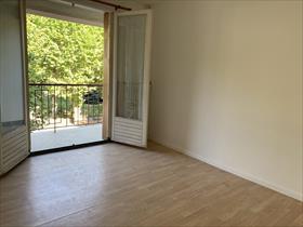 Appartment/Flat - EMBRUN - GRAND TYPE 3. Proximité centre ville