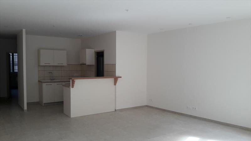 Appartement - Embrun - T3 au coeur du centre-ville refait à neuf