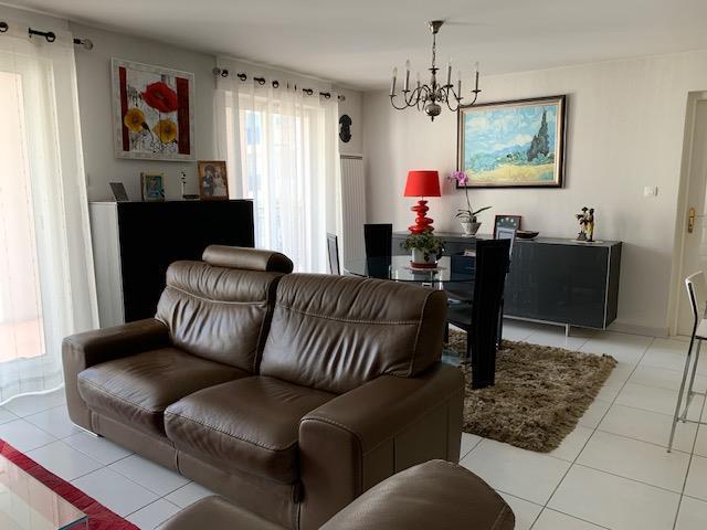 Appartement - Embrun - Appt T4 PROCHE CENTRE -  GARAGE DOUBLE - PARKING